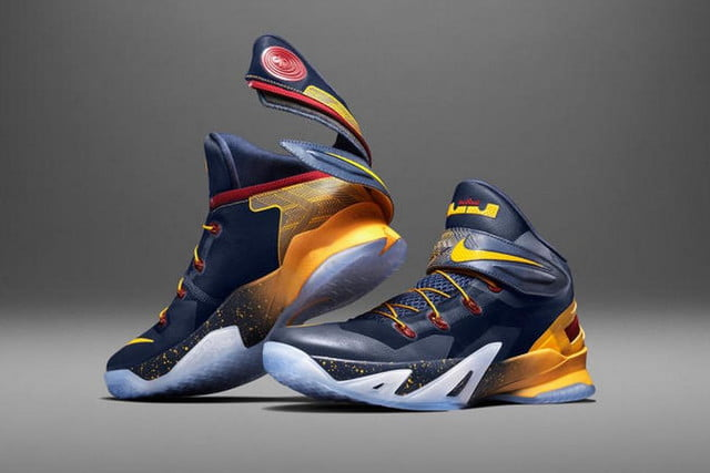 nike zoom soldier 8 flyease system for disabled people 150714 0003