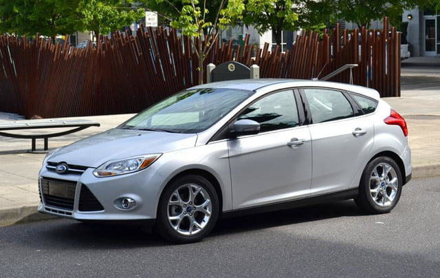 2012 ford focus sel review front angle