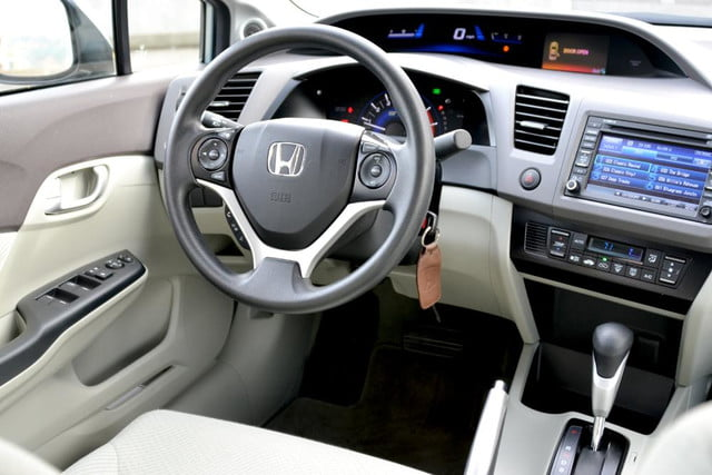 2012 honda civic hybrid review drivers from back