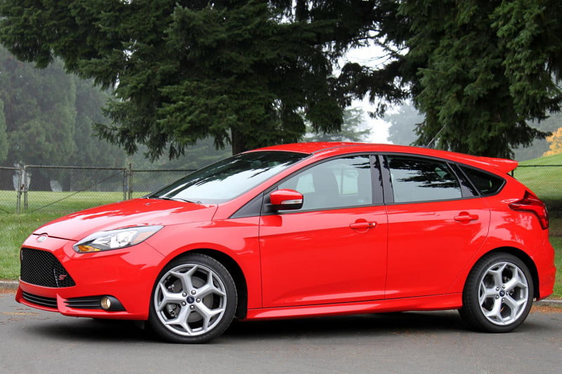 2013 ford focus st side profile