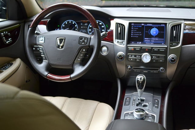 2012 hyundai equus 2013 review drivers from back