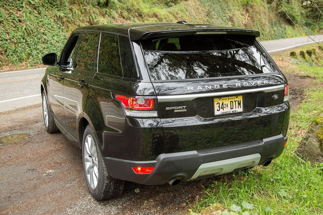 2014 Land Rover Range Rover Sport back angle