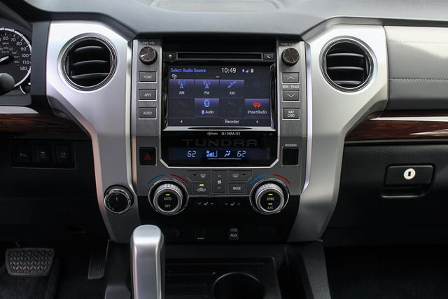 2014 toyota tundra review dash touch screen