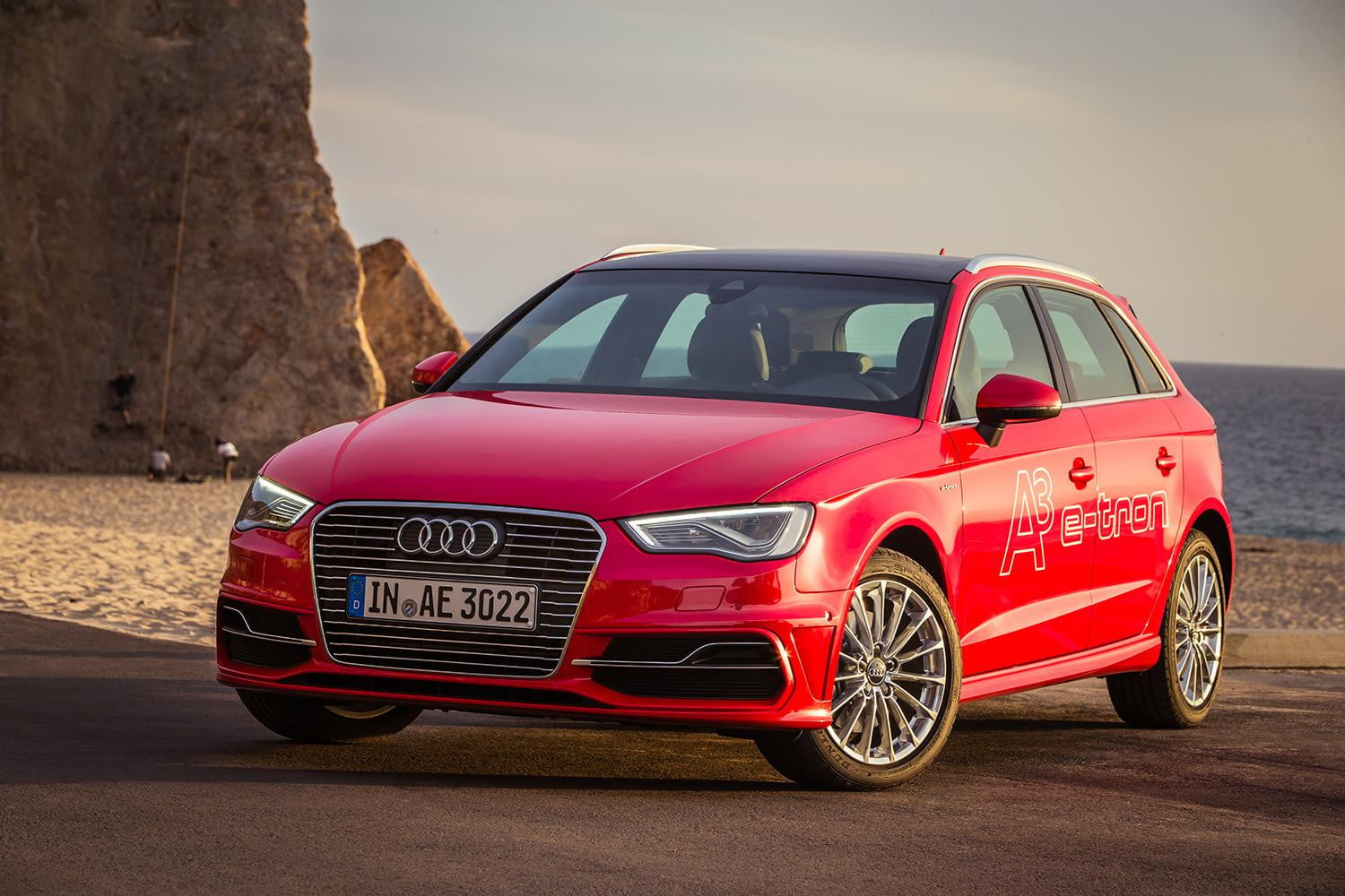 2015 audi a3 sportback e tron review digital trends. Black Bedroom Furniture Sets. Home Design Ideas