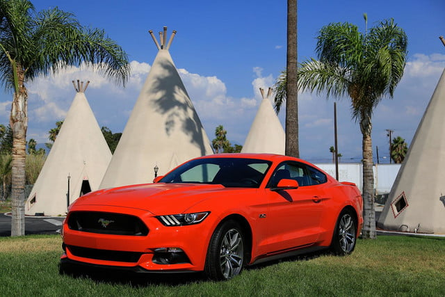 2015 Ford Mustang teepees 2