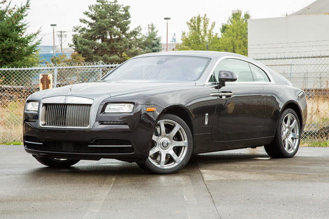 2015 rolls royce wraith front angle 2