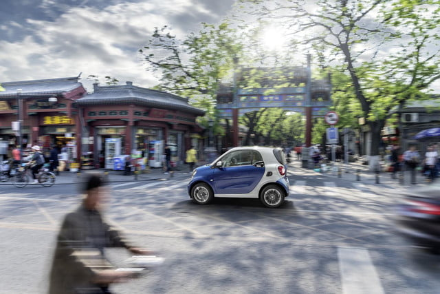 2016 smart fortwo  18