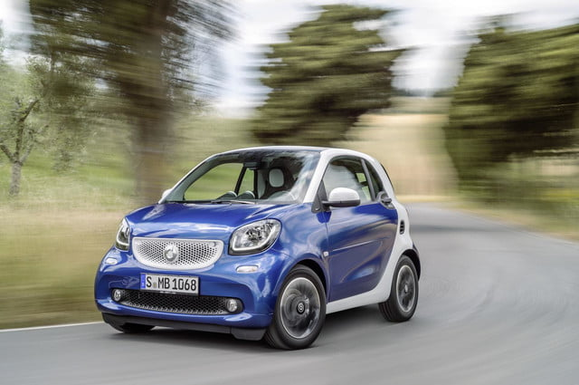 2016 smart fortwo  52