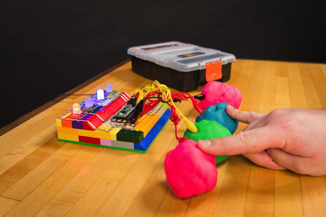 Lego For Building Electronics Circuits