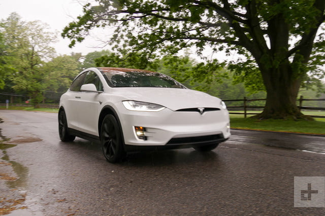 2017 Tesla Model X Review: Is the P100D Still the EV to Beat