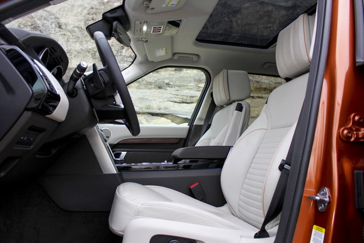 2017 land rover discovery first drive landrover review 000002