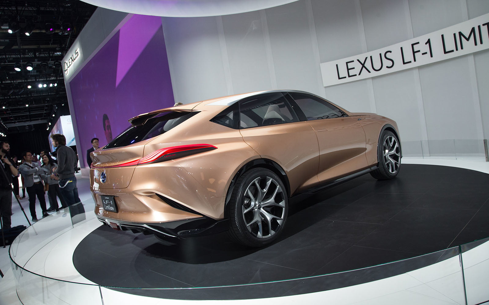 lexus lf 1 limitless concept previews a new flagship crossover digital trends. Black Bedroom Furniture Sets. Home Design Ideas
