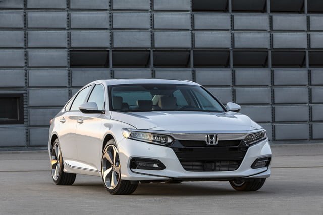 Hondas 2018 Accord loses its V6 for turbo power more MPG new