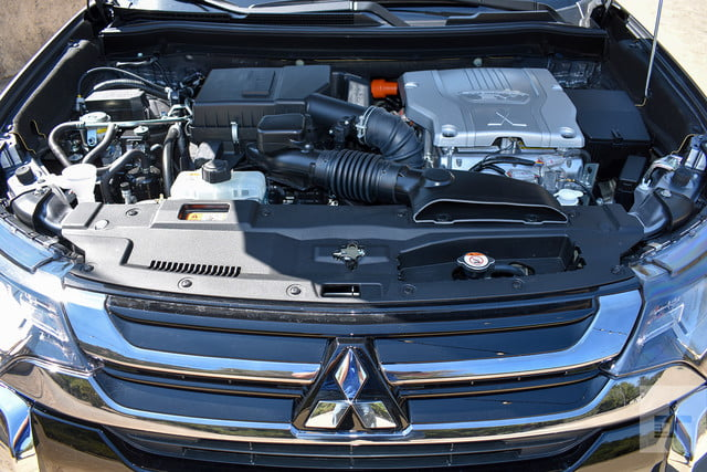 2018 Mitsubishi Outlander PHEV first drive review under hood
