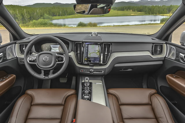 2018 volvo xc60 t8 312 review 14262