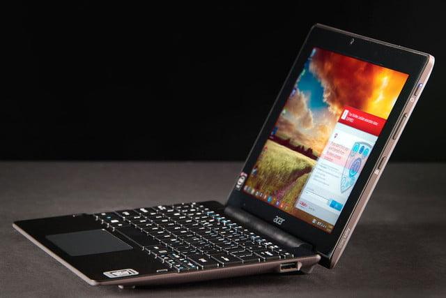 ACER Aspire Switch 10 side