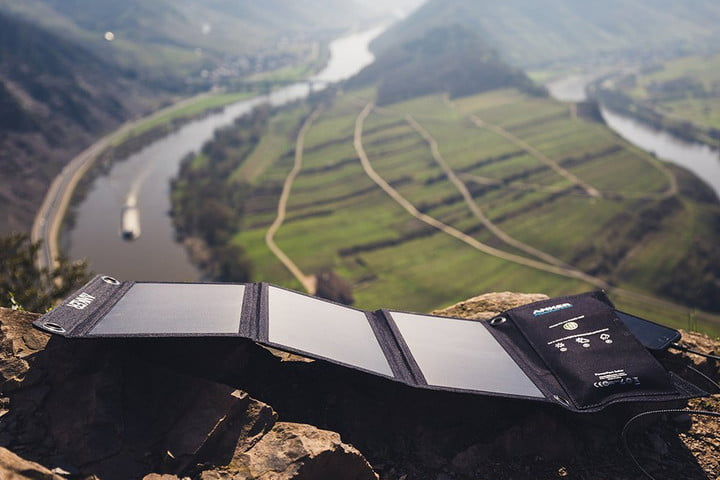 The 8 Best Solar Chargers For Your Smartphone Or Tablet