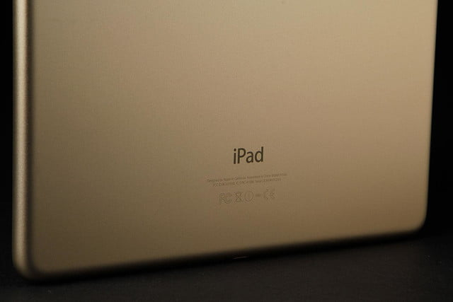 Apple iPad Air 2 rear text