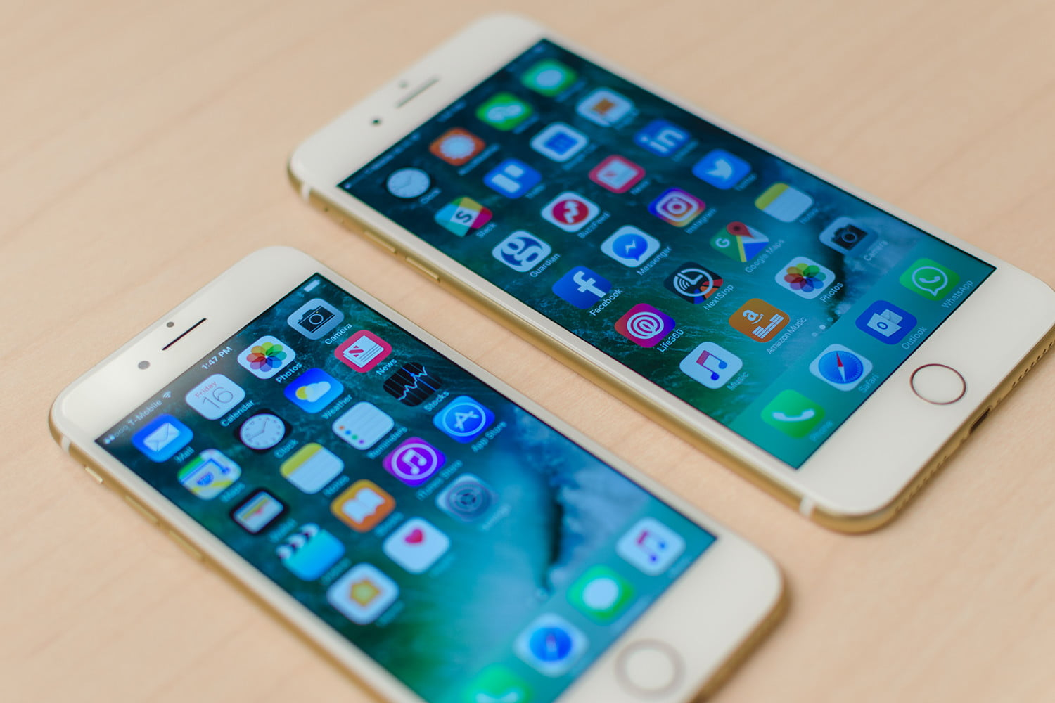 iPhone 7 and iPhone 7 Plus: Hands on, Specs, Features