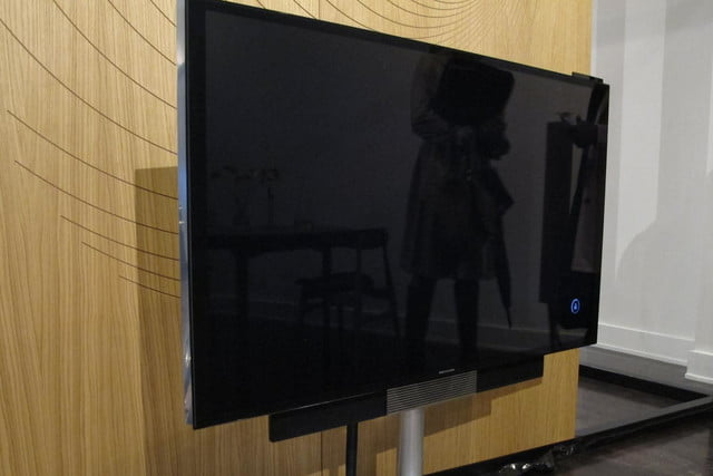 bang olufsens first 4k uhd tv knows right moves beovision avant 2