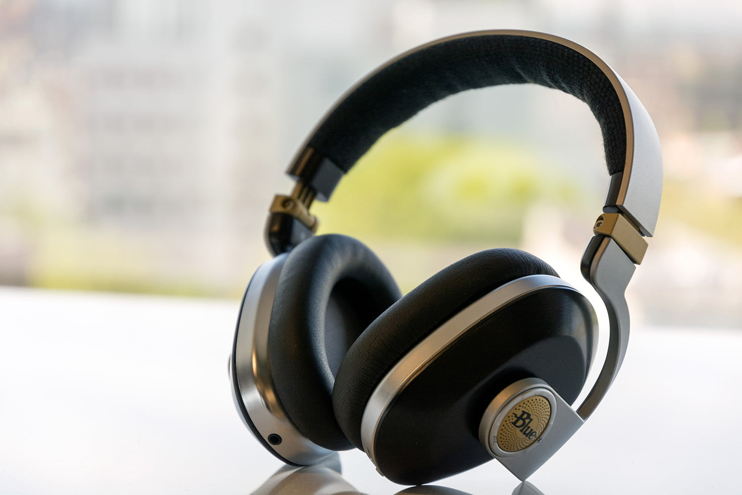 Blue Satellite Wireless Noise Cancelling Headphones Review