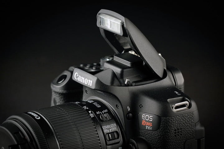 Canon EOS Rebel T6i flash
