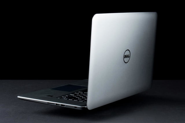 Dell XPS 15 review lid right side