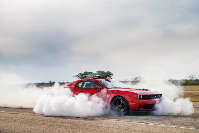 hennessey and dodge takes record for worlds fastest christmas tree 174mph 25