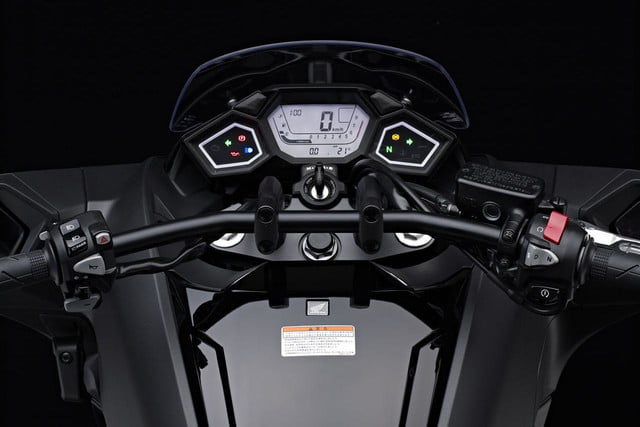 2014 Honda NM4 Vultus instrument panel