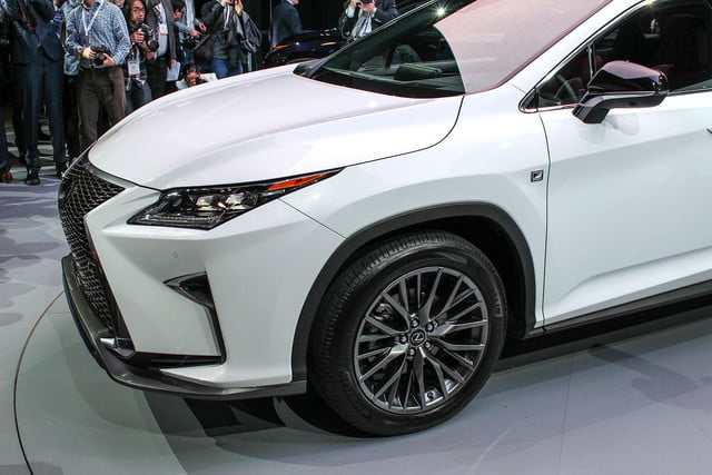 2016 Lexus RX front section