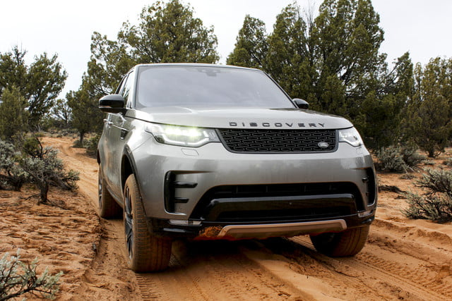2017 land rover discovery first drive landrover review 000120