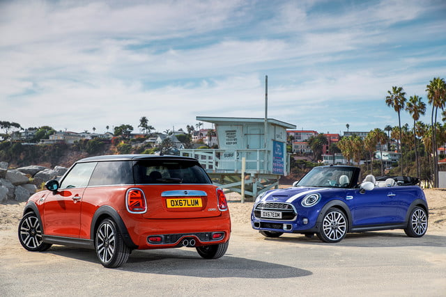 mini refreshes cooper 2 4 door hardtop and convertible for detroit 2018  37