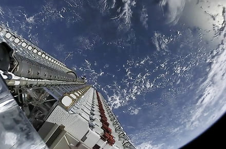 How SpaceX plans to make its Starlink satellites astronomer-friendly