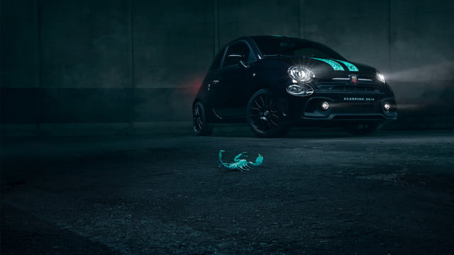 abarth shows one of a kind fiat 500 with scorpion skin paint hero 2 v5c lagen los bewerkt 1800x1013px