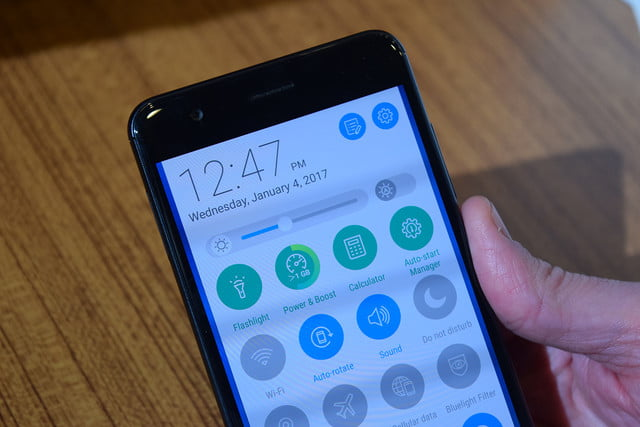 asus zenfone 3 zoom first impressions ces 2017 5