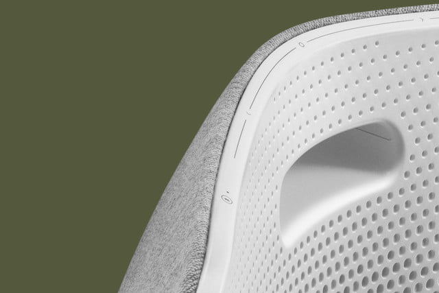 bang and olufsen a6 wireless speaker hands on beoplay 0014