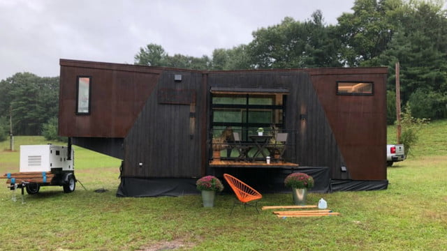 dunkin tiny home biofuel donuts home22 1020x574