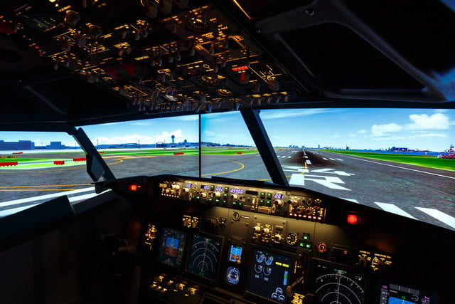 airport hotel builds a full size flight simulator into guest room  2