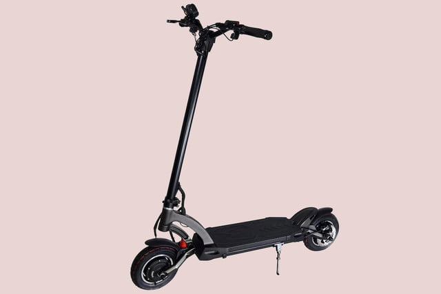 be the fastest standing commuter in town with 40 mph mantis e scooter fluidfreeride electric 14