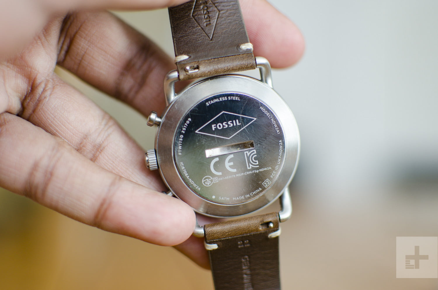 A Biased View of Fossil Hybrid Smartwatch