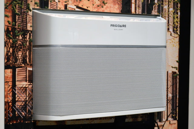 frigidaires cool connect is a smart air conditioner frigidaire gallery room 0268