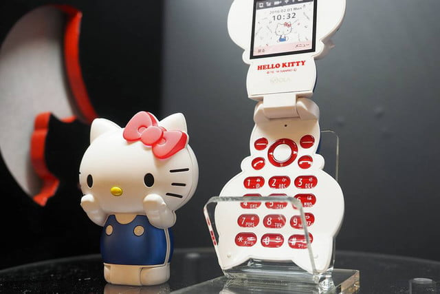 hello kitty 2016 flip phone news clamshell 1