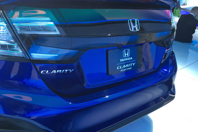 honda clarity plug in hybrid news specs performance range electric rear