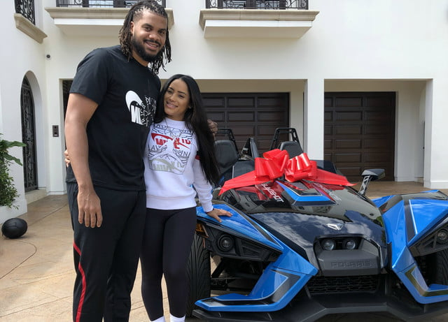 dodgers pitcher kenley jansen gave wife gianni polaris slingshot for mothers day and hansen 02