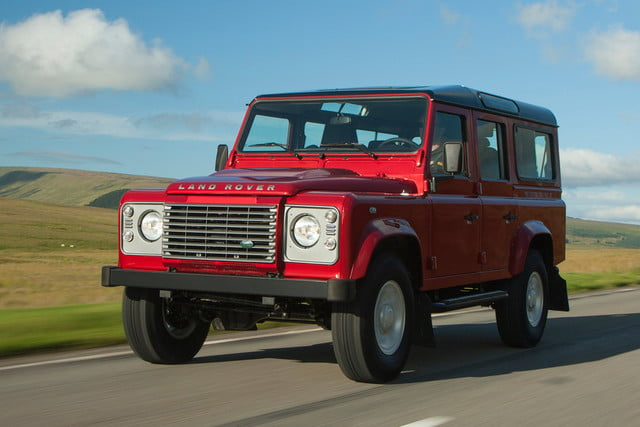 11 cars that will go extinct in 2016 land rover defender 18