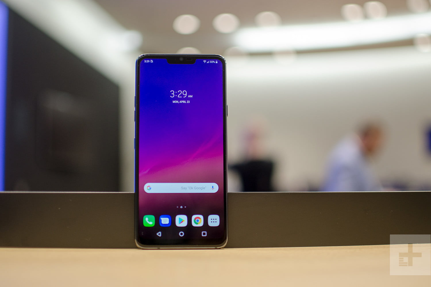 LG G7 ThinQ vs  LG V30: Which LG Flagship Phone Is Best for