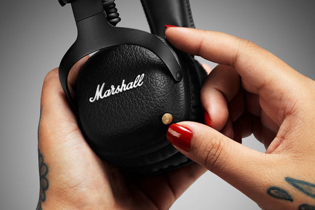marshall mid bluetooth on ear headphones 1