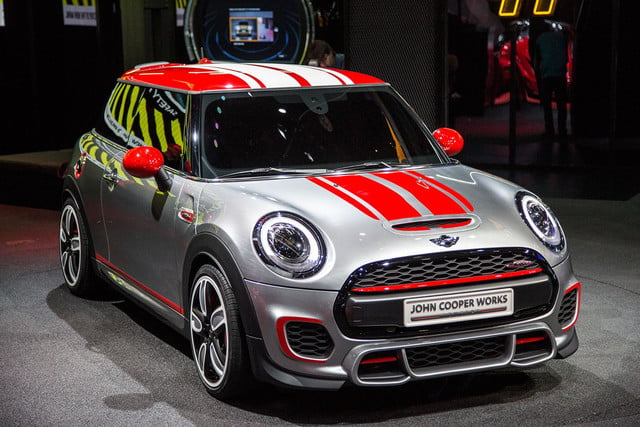 MINI-JCW-front-angle