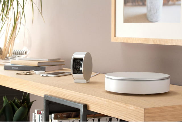 myfox security camera home alarm available in us system and situ