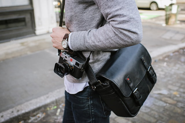 leica ona partner for bag collection ss15 68